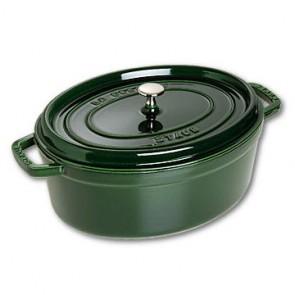 Cocotte en fonte ovale émaillée 31 cm vert basilic - Vitamines - Staub